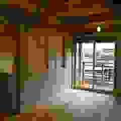 株式会社タマゴグミ Nursery/kid's room Wood Wood effect