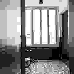 노은동 열매마을 9단지 115 M2 모던스타일 복도, 현관 & 계단 by 도노 디자인 스튜디오 모던