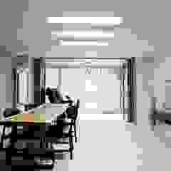 노은동 열매마을 9단지 115 M2 모던스타일 다이닝 룸 by 도노 디자인 스튜디오 모던
