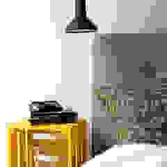 Chambre moderne par Decoroom Moderne