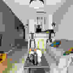 Salon moderne par Decoroom Moderne