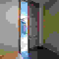 玄関 ミニマルスタイルの 玄関&廊下&階段 の 家山真建築研究室 Makoto Ieyama Architect Office ミニマル