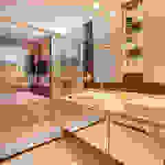 Baños de estilo ecléctico de Casa2640 Ecléctico