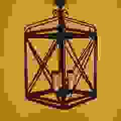 Lanternas Rusticas من Candicova Indústria de Candeeiros e Abat-jours Lda.