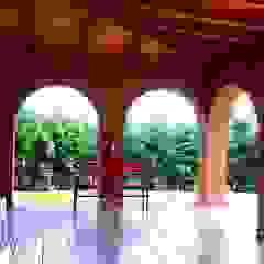 راهرو سبک روستایی، راهرو و پله ها توسط OMR ARQUITECTURA & DISEÑO DE INTERIORES راستیک (روستایی)