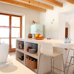 Country style kitchen by homify Country