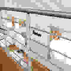 senzanumerocivico Modern corridor, hallway & stairs