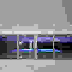 Moderne Wohnzimmer von MOM - Atelier de Arquitectura e Design, Lda Modern