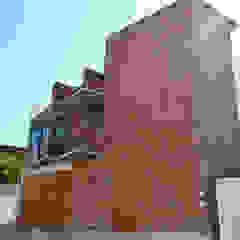 Fachada Principal oficinas CATARSIS Casas industriales de Constructora e Inmobiliaria Catarsis Industrial