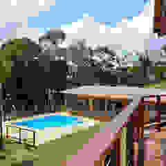 RESIDENCIA CAMPO 1 Varandas, alpendres e terraços modernos por Martins Valente Arquitetura e Interiores Moderno