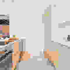 Casa Pollensa DB Cocinas de estilo moderno de ISLABAU constructora Moderno
