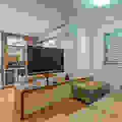 Salas de estilo moderno de Eveline Maciel - Arquitetura e Interiores Moderno