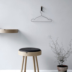 Not just a table von Nordic function Skandinavisch Holz Holznachbildung