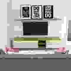 Scandinavian style living room by Bhavana Scandinavian
