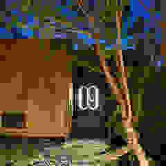 Vivood Landscape Hotels Hotéis campestres por Viroc Campestre Derivados de madeira Transparente