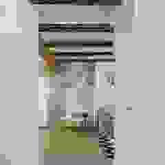 Rustic style corridor, hallway & stairs by LLIBERÓS SALVADOR Arquitectos Rustic