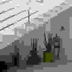 Reforma e interiores Corredores, halls e escadas modernos por Lu Andreolla Arquitetura Moderno