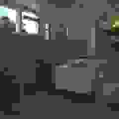 Baño Moderno Baños de estilo moderno de Gabriela Afonso Moderno Azulejos