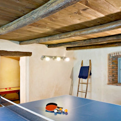 Rustic style gym by Fabio Carria Rustic