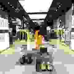 Porsche Design Store München Klassische Ladenflächen von Peters Bodenbeläge Klassisch Holz Holznachbildung