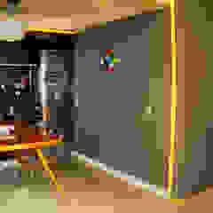 Modern dining room by Maxma Studio Modern
