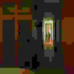 私の家 モダンスタイルの寝室 の TRANSTYLE architects モダン