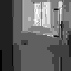 私の家 モダンスタイルの お風呂 の TRANSTYLE architects モダン