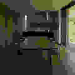 私の家 モダンデザインの ダイニング の TRANSTYLE architects モダン