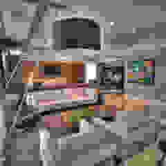 Pauline Kubiak Arquitetura Modern living room Solid Wood Multicolored