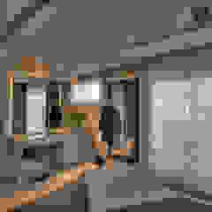 Pauline Kubiak Arquitetura Modern dressing room