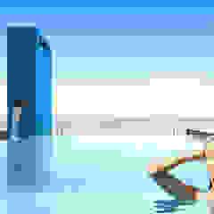Edificio AQUALINE Piletas modernas: Ideas, imágenes y decoración de ENGEL arquitectos Moderno