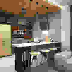 Cocinas de estilo industrial de SIBEL SARIKAYA INTERIOR DESIGN OFFICE Industrial