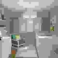 Modern Kid's Room by Bhavana Modern