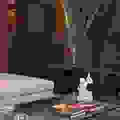 Modern Media Room by Ana Letícia Virmond Projetos e Interiores Modern