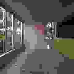 Minimal style window and door by 株式会社エキップ Minimalist