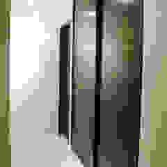 Moderner Flur, Diele & Treppenhaus von usoarquitectura Modern