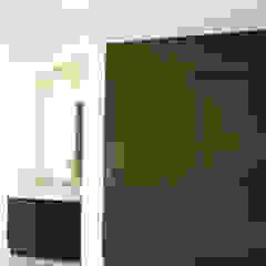 Moderne Ankleidezimmer von usoarquitectura Modern