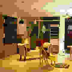de estilo industrial por Diseñeria 72ocho10 , Industrial Madera maciza Multicolor