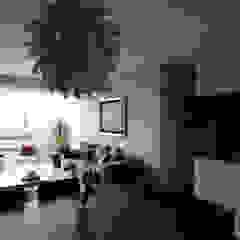 现代客厅設計點子、靈感 & 圖片 根據 ARCO Arquitectura Contemporánea 現代風
