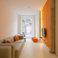 Porto Lounge Hostel Salas de estar modernas por aaph, arquitectos lda. Moderno