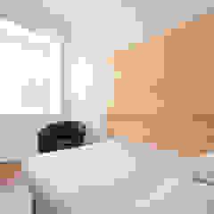 Porto Lounge Hostel Quartos modernos por aaph, arquitectos lda. Moderno