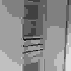 Aurea Arquitectura y Amoblamientos BedroomWardrobes & closets