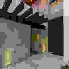 Modern houses by Grupo Arsciniest Modern Metal