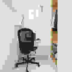 Oficinas de estilo moderno de 한글주택(주) Moderno
