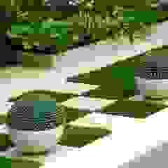 Tropical style gardens by NOUVELLE. | Proje Danışmanlık Tropical