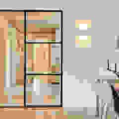Sfeervol wonen Moderne gangen, hallen & trappenhuizen van Jolanda Knook interieurvormgeving Modern