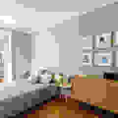 Apartamento Lisboa Quartos escandinavos por Espaço Mínimo Escandinavo