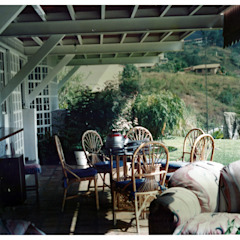 R+P Industrial style balcony, veranda & terrace