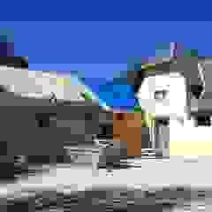 โดย Recasa, reformas y rehabilitaciones en Marbella ชนบทฝรั่ง หินชนวน