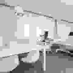 gabinety lekarskie Clini Care w Krakowie od ALEKSANDRA interior design studio Nowoczesny